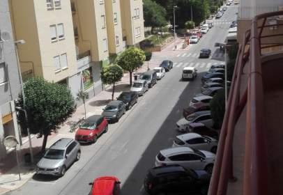 Pis a Avenida La Paz