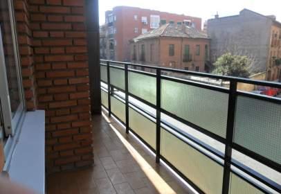 Pis a calle de Navarro y Ledesma