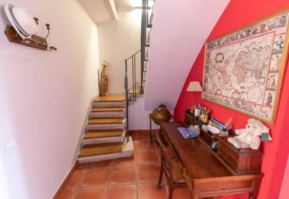 House in Carrer del Magatzem, near Carrer de Santa Madrona