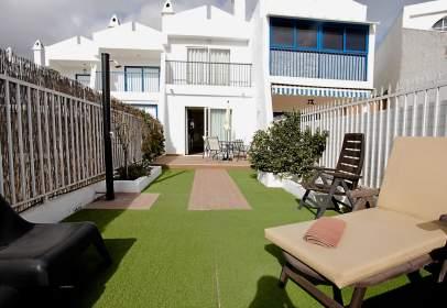 Casa adosada en Avenida de Gran Canaria