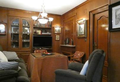 Penthouse in Barrios Figares