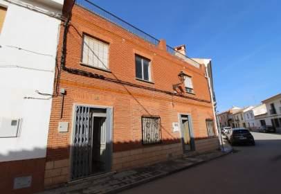 Casa en calle de Montejano, cerca de Calle de la Becerra
