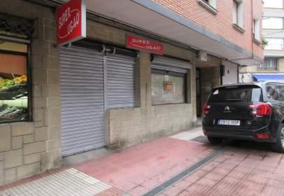 Local comercial en calle Torre Ugao