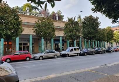 Commercial space in Avenida Zumalakarregi, nº 38