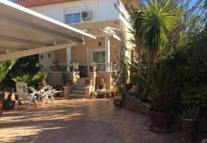 Casa a Urbanización Loma Bada