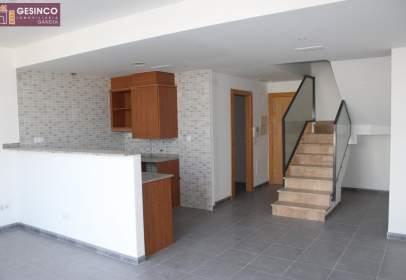Duplex in Carrer de Serra de Mariola