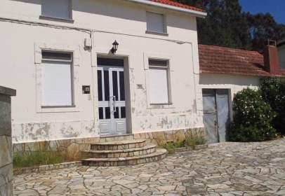 Casa en calle Ourolo