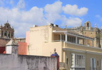 Casa en calle Luna, cerca de Calle Jesús de los Milagros