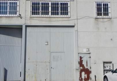 Nau industrial a calle Issac Peral