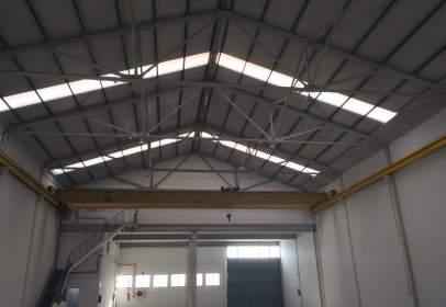 Industrial building in Getafe Norte