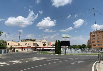 Commercial space in Paseo de las Provincias, nº 3