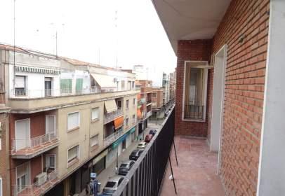 Pis a calle de Joaquina Santander