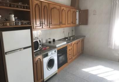 Casa en calle Eduardo Ruiz Doblas