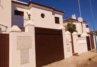 Casa adosada en calle Lagunas de Las Canteras