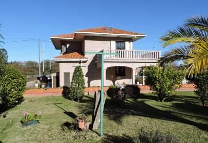 House in calle Caritel