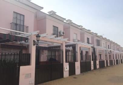 Casa adossada a Avenida de La Antilla