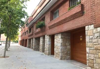 Paired house in calle Vallcorba