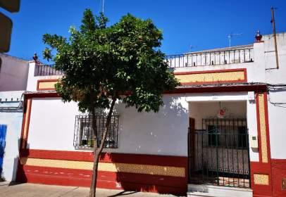 Casa en calle Cortinales, nº 21