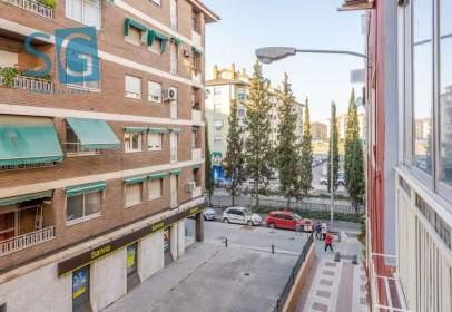 Flat in calle Nervión, nº 2