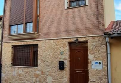 House in Aranda de Duero