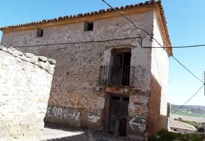 Casa en calle los Caprichos
