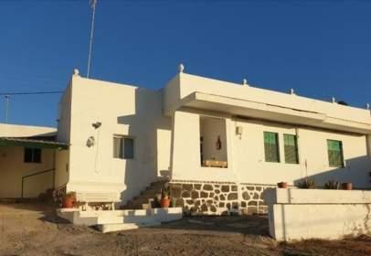 Casa en calle Casas de La C.E.S.A