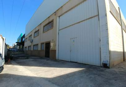 Industrial Warehouse in calle Campollano, nº 58