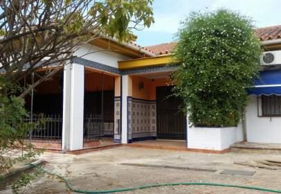 Single-family house in calle Granada