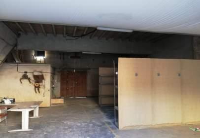 Garage in Carrer de Lluís Carreres