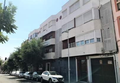 Ático en Avenida de los Almogávares, cerca de Calle de Balanzona