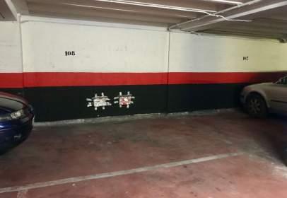 Garatge a calle de Vitoria, prop de Barriada Militar