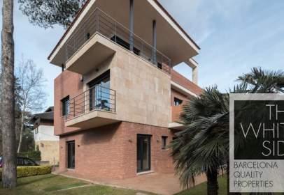 Single-family house in Arxius