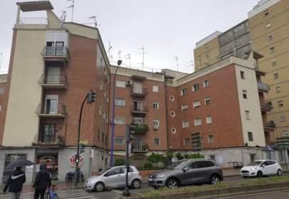 Piso en calle Juan Pereda Esquina Av. Villanueva