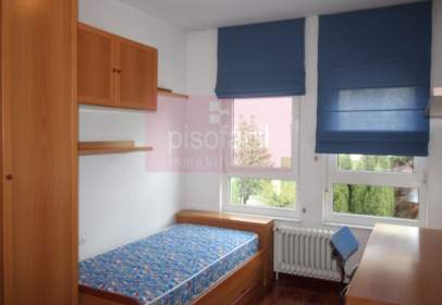 Apartment in calle de Madanela