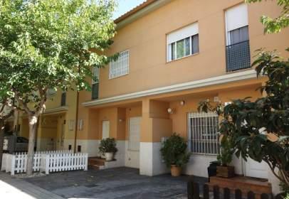 Casa adosada en Carrer Carles Boil, 17