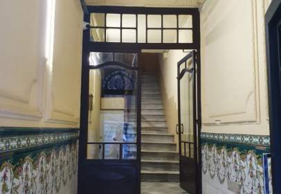 Flat in calle Joaquin Costa