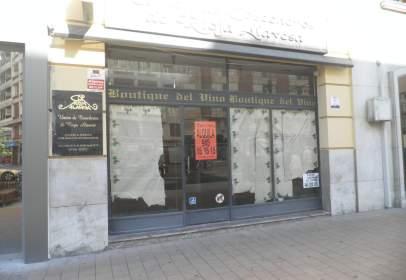 Local comercial en calle Sancho El Sabio