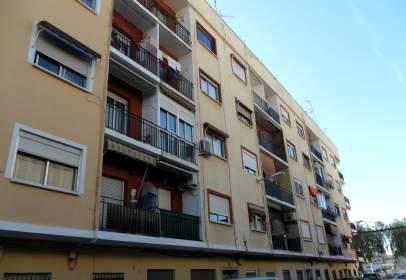 Pis a calle Castell de Morvedre