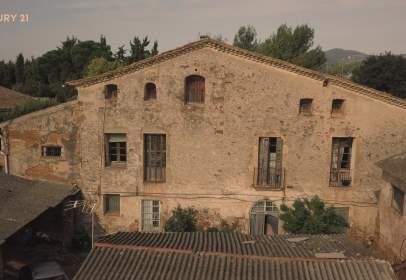Rustic house in Urbanización Urbanització Can Salas