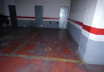 Garage in Moncada