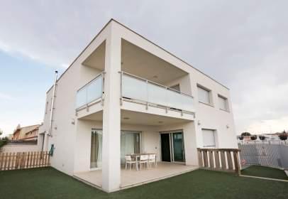 Casa a calle de Aragón, 1