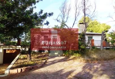 Chalet en La Conarda-Montesano