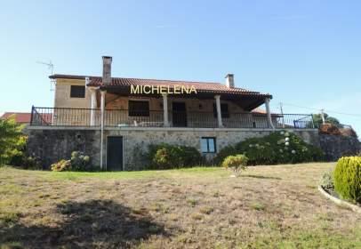 House in Puente Caldelas