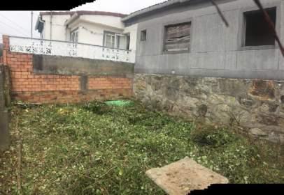 Terraced house in calle Salgueira