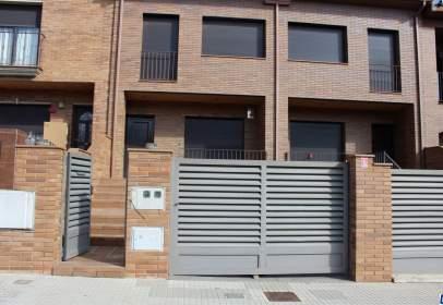 Casa pareada en calle Mas Virgili
