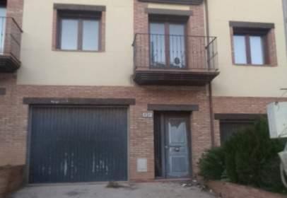 Casa adosada en calle San Antonio, nº 4