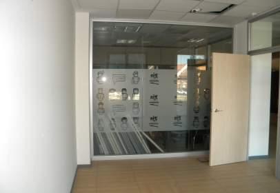 Office in Avenida Vía de la Plata, nº 31