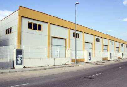 Industrial building in calle Proyecto 4