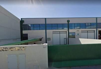 Nave industrial en calle de Monte Perdido