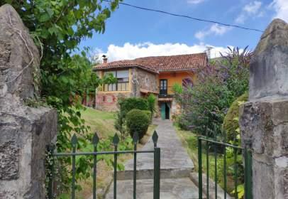House in Barrio de Villasuso
